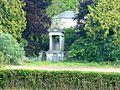 Tombeau des Colbert-Laplace à Saint-Julien-de-Mailloc.jpg