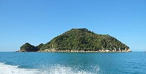 Tonga Island - Tonga Island from water taxi