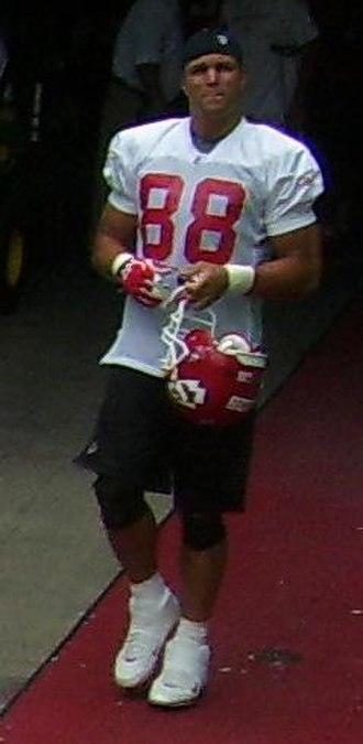 Tony Gonzalez - Gonzalez at a Chiefs mini camp practice in 2008