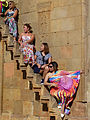 Touristes philippines posant à Noravank (1).jpg
