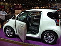 Toyota iQ - Flickr - Alan D (2).jpg