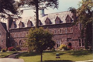 Trinity University College - Trinity College, Carmarthen