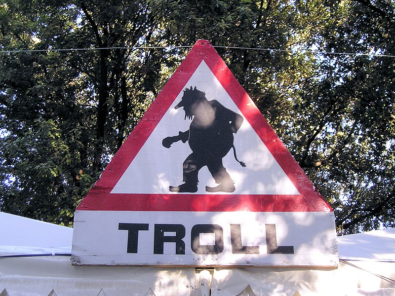 [Obrazek: 800px-Troll_Warning.jpg]