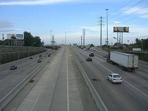Interstate 69 in Texas - I-69/US 59 in Houston looking east