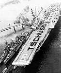 USS Essex (CVS-9) with destroyers at Hamburg 1962.jpg