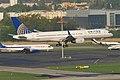 United Airlines Boeing 757-224; N57111@ZRH;16.04.2011 595ea (5629471916).jpg