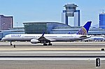 United Airlines Boeing 757-324 N75854 (cn 32813-999) (5641083125).jpg