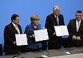 Unterzeichnung des Koalitionsvertrages der 18. Wahlperiode des Bundestages (Martin Rulsch) 126.jpg