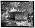 VIEW OF REAR LOOKING EAST - 913 G Street (House), Waycross, Ware County, GA HABS GA-2229-7.tif