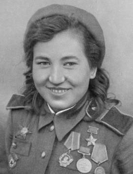 Vera Kasheeva 1944 (cropped).png