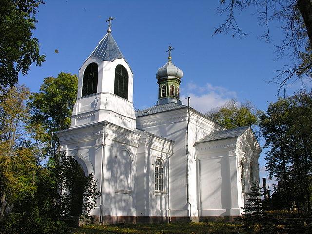 http://upload.wikimedia.org/wikipedia/commons/thumb/6/66/Vieksniu_cerkve.JPG/640px-Vieksniu_cerkve.JPG?uselang=ru