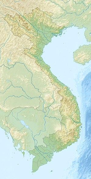 English: Location map of Vietnam. Equirectangu...