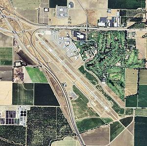 Visalia Municipal Airport - USGS 2006 orthophoto