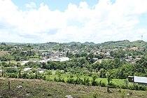 Vista de San Luis Petén desde el Cerro Sakluum.jpg
