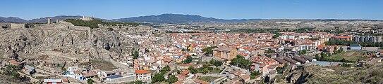 Vista panorámica de Calatayud desde San Roque, Aragón, España, 2014-07-12, DD 22-25 PAN.jpg