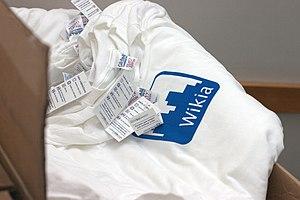 Gildan Activewear - Gildan Activewear shirts with Wikia logo