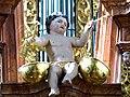 Waidhofen Thaya Pfarrkirche - Orgel 6b Putto mit Pauken.jpg