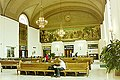 Waiting room at Sacramento Valley Station, December 2001.jpg