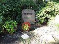 Waldfriedhof dahlem ehrengrab Kermbach, Otto.jpg