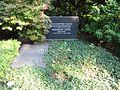 Waldfriedhofdahlem prof ernst v herrath lentz.jpg