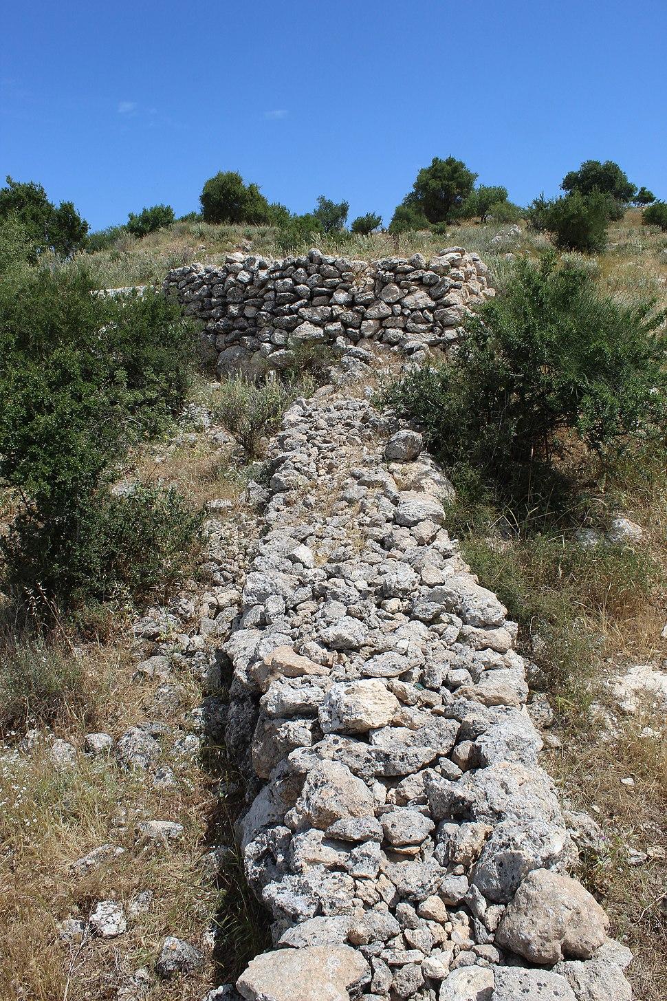 Walled structures at Bayt Nattif