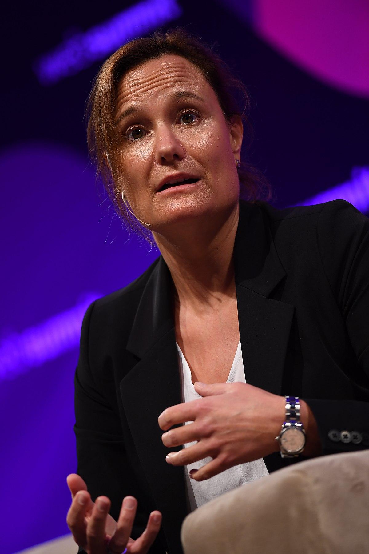 Gillian Tans Wikipedia