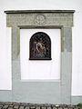 Werl, Kirchplatz 2, Baudenkmal, Walburgahaus, vermauerter Eingang zur ehemaligen Lateinschule.jpg