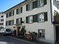 Wohnhaus mit Laden Kirchgass 1 , Grüningen.JPG