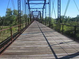 Canadian River - Image: Wooden bridge over Canadian River, Canadian, TX IMG 6058