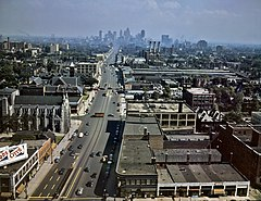 Woodward Ave Detroit 1942.jpg