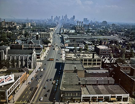 Looking south down Woodward Avenue, with the Detroit skyline in the distance, July 1942 Woodward Ave Detroit 1942.jpg