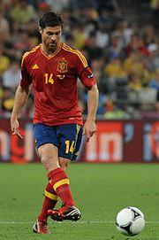 EUROCOPA  2008 -  !! GANAR,GANAR Y GANAR !! 180px-Xabi_Alonso_Euro_2012_vs_France_02