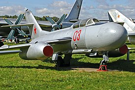Перехватчик Як-25 в Центральном музее ВВС РФ, Монино
