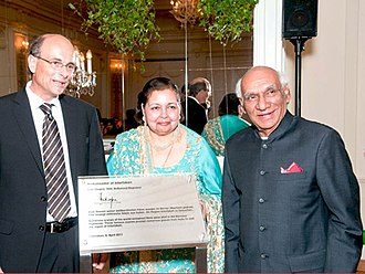 Yash Chopra - Chopra with his wife Pamela. Yash Chopra is being honoured with the title of Ambassador of Interlaken (2011).