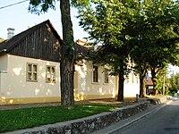 Zmajev muzej, Sremska Kamenica 2.JPG