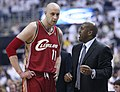 Zydrunas Ilgauskas and Mike Brown.jpg