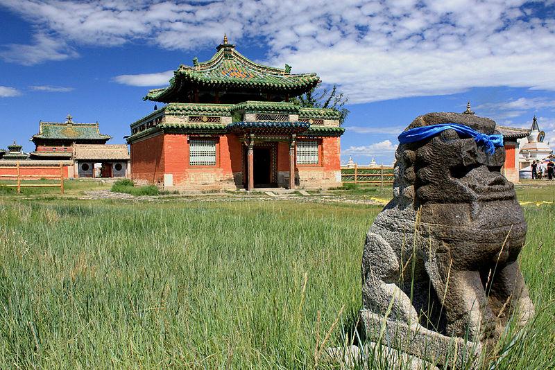 File:Świątynia Dalajlamy 01.jpg