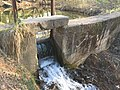 Вторая плотина Лентварской ГЭС на реке Фабрико.jpg