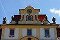 Замок Емниште. Часы.jpg