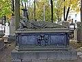 Санкт-Петербург, Лазаревское кладбище, надгробие К.И. Рейссига.JPG