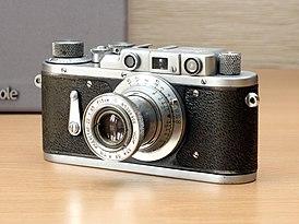 Фотоаппарат Зоркий-2.jpg