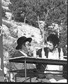 """דן בן אמוץ מראיין את הרב אברהם זיידה הלר, כנס הפלמ""""ח בצפת, מאי 1968.jpg"""