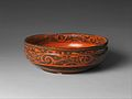 西漢 黑地朱繪雲氣紋漆碗-Bowl with Geometric Designs MET DP355722.jpg