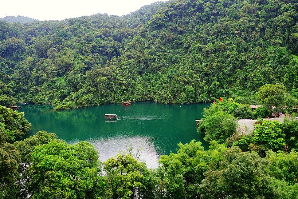 鼎湖山-鼎湖 - panoramio