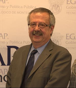 Carlos Manuel Urzúa Macías - Urzúa Macías at a book presentation at Tec de Monterrey, Mexico City Campus