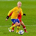 15 Caroline Seger 111023 Sverige-Schweiz 3-0 8331.jpg