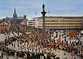 17. mai i Trondheim, barnetoget passerer torget.jpg