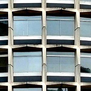 One Kemble Street - Detail of cruciform blocks