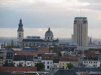Blandijnberg - View of the Blandijnberg with the Saint Peter's Abbey's Church (left) and the Boekentoren (right)