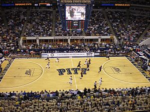 Pittsburgh Panthers men's basketball - The early minutes of a game against number one ranked UConn in 2009 at the Petersen Events Center. A portion of the Oakland Zoo can be seen at the bottom. Pitt won the nationally televised game 70–60.